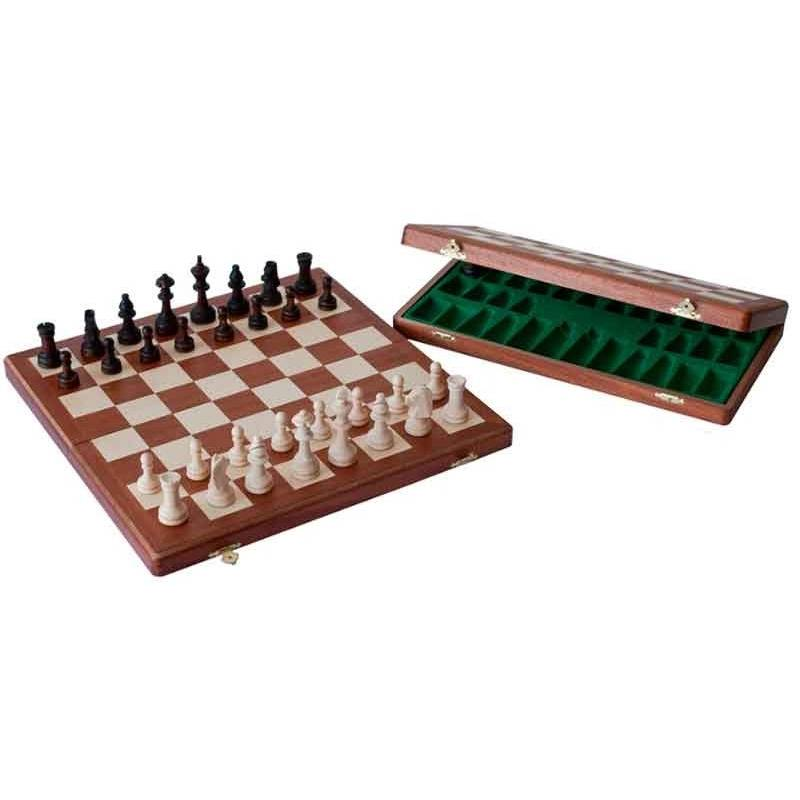Conjunto ajedrez madera nogal 47 cm.