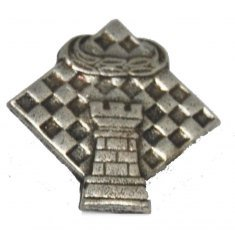 Chess pin 4