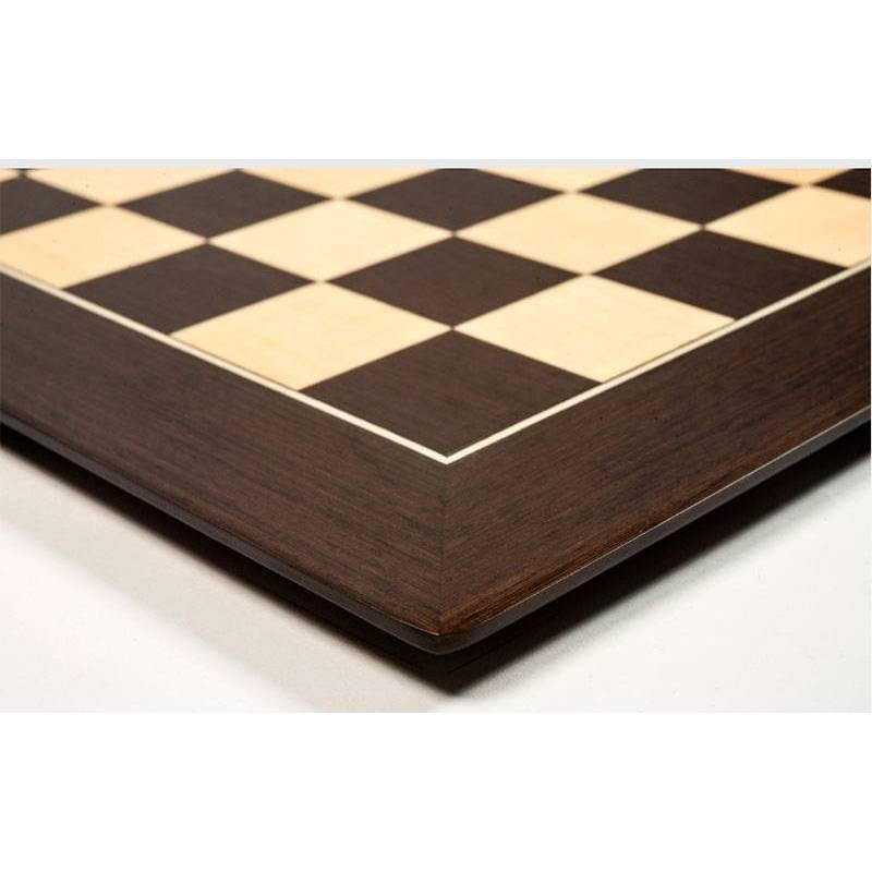 Wengue Barcelona 50 cm board and ebonized Zagreb model pieces