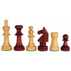 Chess wooden pieces English style
