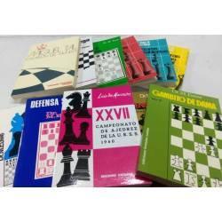 Lote 11 libros de ajedrez históricos